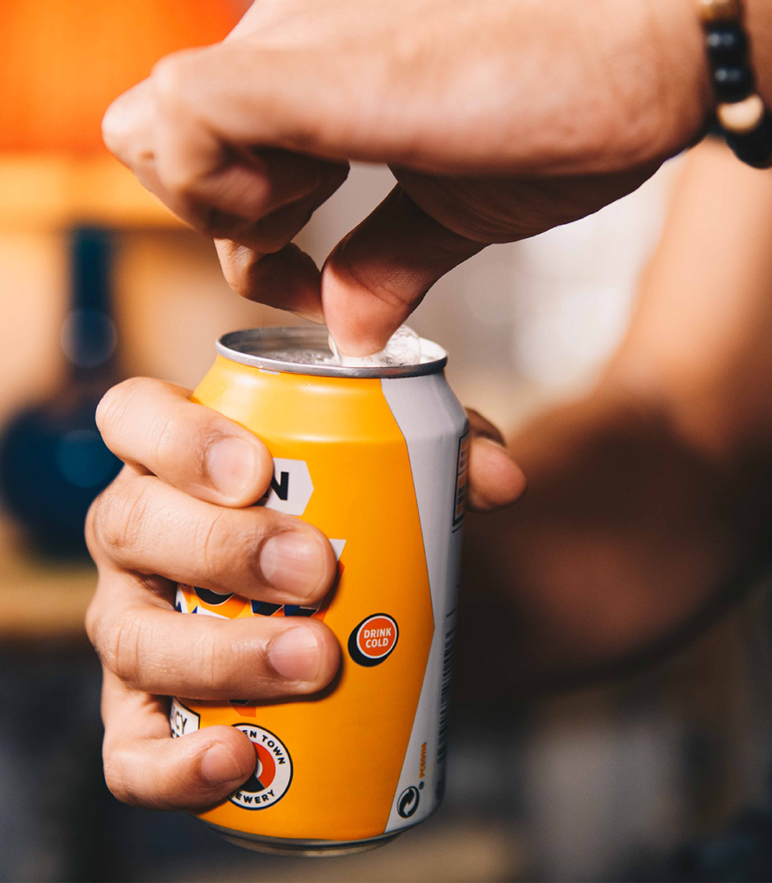 Beer can alcohol open